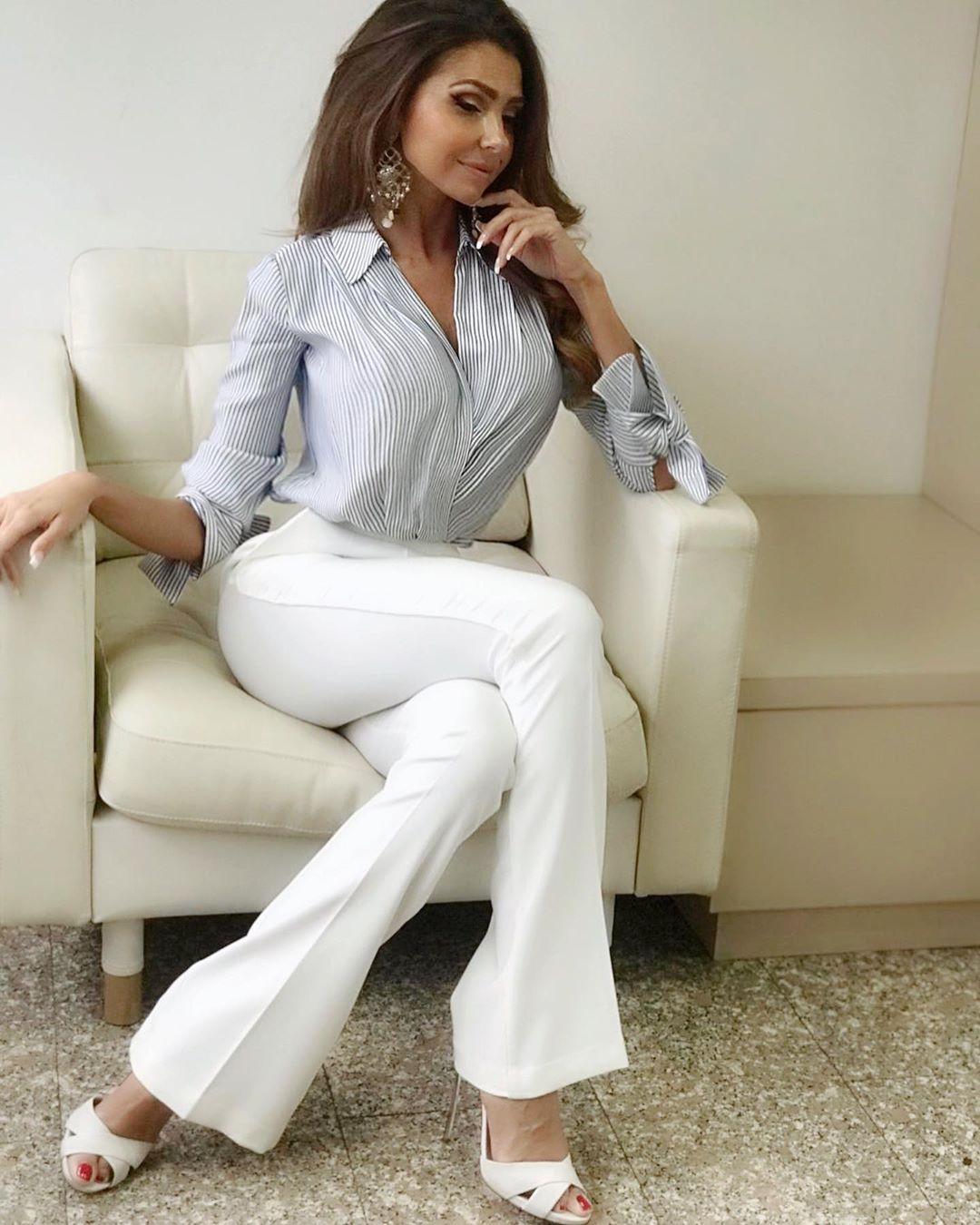 Manuela Ferrara, modella e showgirl italiana