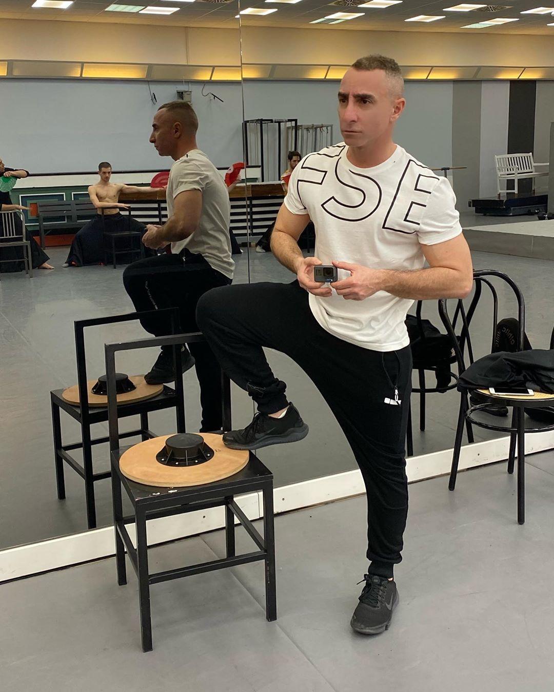 Giuliano Peparini, ballerino romano lavoro dipendente famoso per Amici