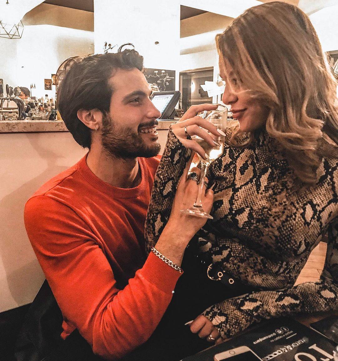 Simone Bonaccorsi con la fidanzata Chiara Esposito
