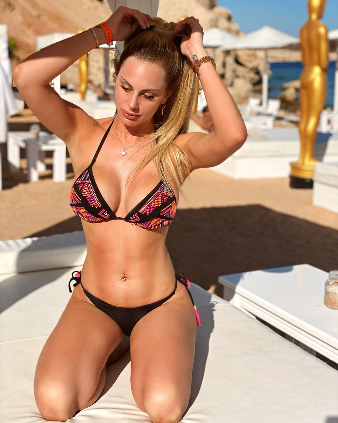 Francesca Brambilla, sensuale modella e showgirl italiana
