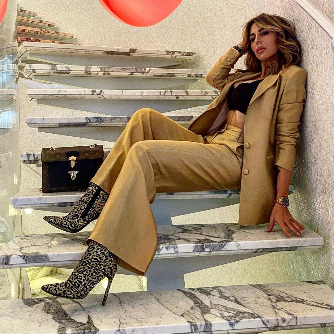 Guendalina Canessa, famosa per i suoi meravigliosi outfit