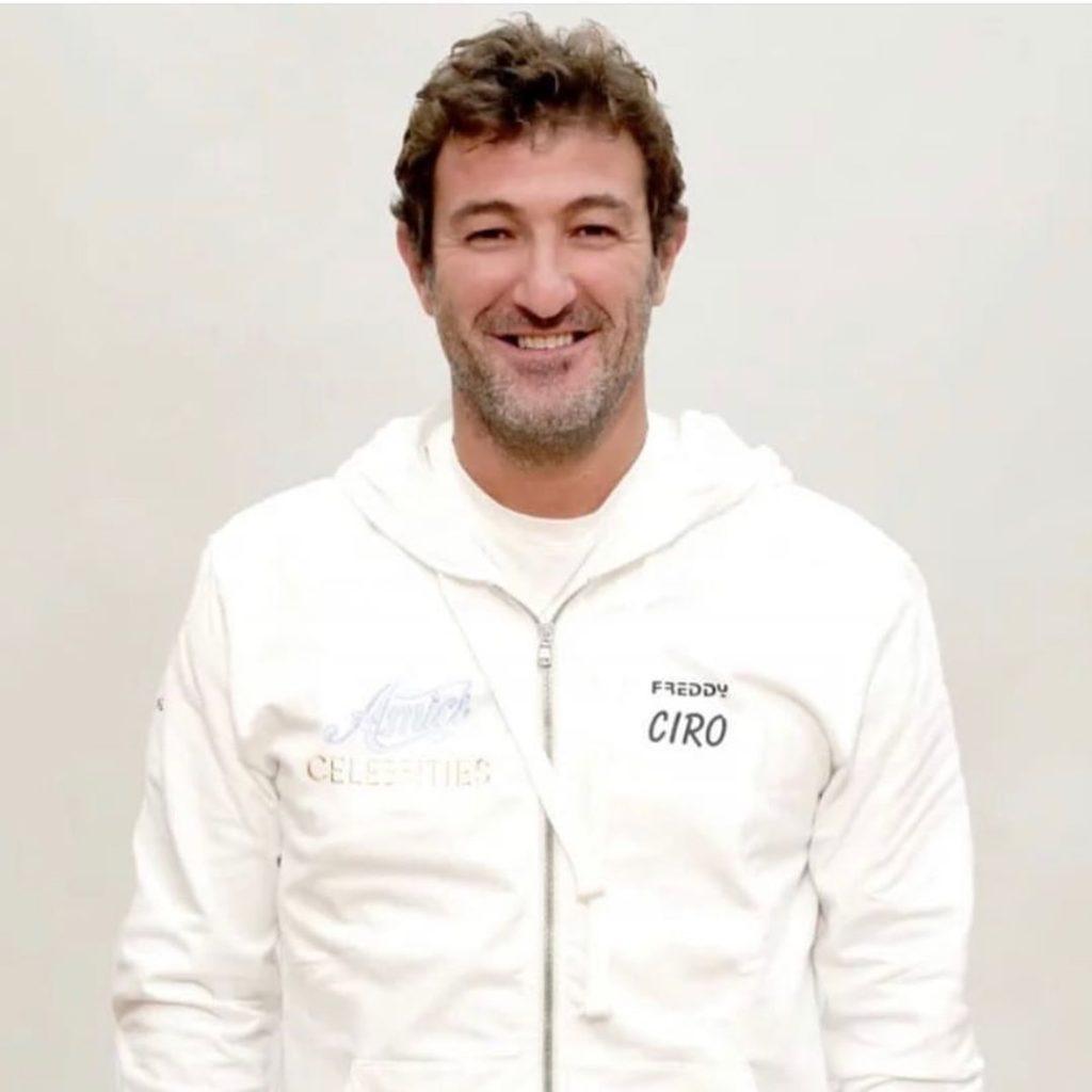 Ciro Ferrara, opinionista calcistico di Sky e ha partecipato a Amici Celebrities