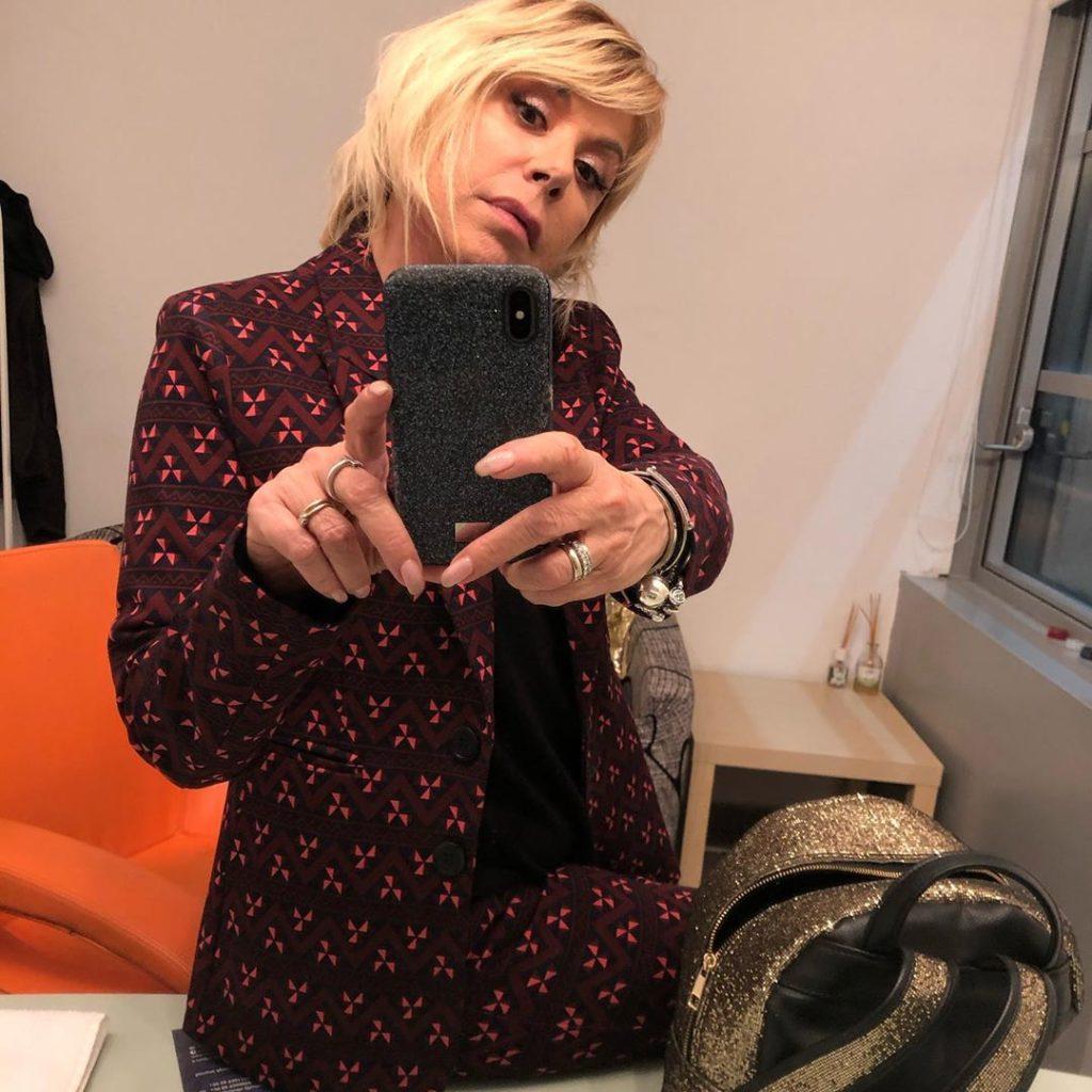 Anna Pettinelli, conduce il Festiva di Sanremo e Un disco per l'estate