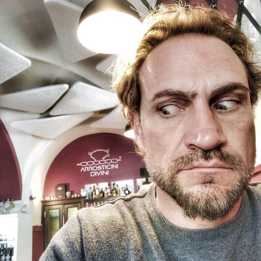 Sergio Volpini, nasce come professionista nel campo pubblicitario e organizzazione eventi