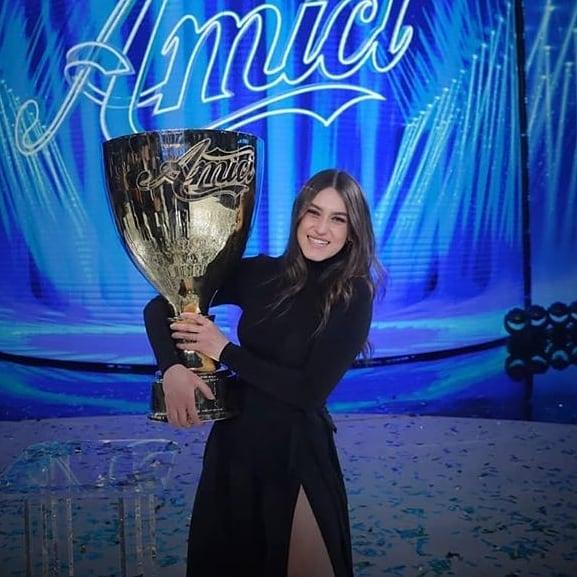 Gaia Gozzi, partecipa e vince Amici di Maria De Filippi nel 2020 dopo aver aperto i concerti del tour di Giorgia