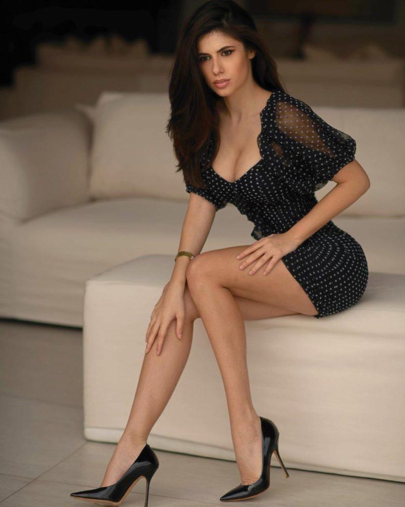 Ines Trocchia, giovane e già nota modella italiana