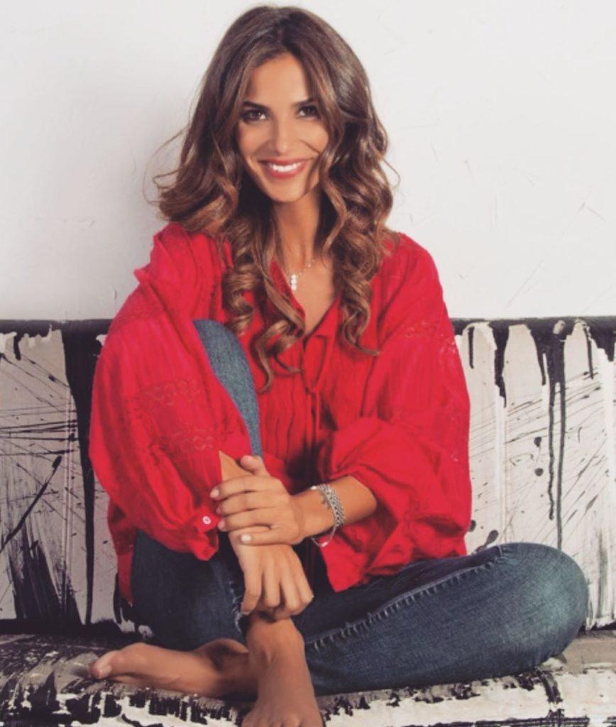 Roberta Morise, partecipa senza vincere a Miss Italia ma viene comunque notata e entra nel mondo della televisione