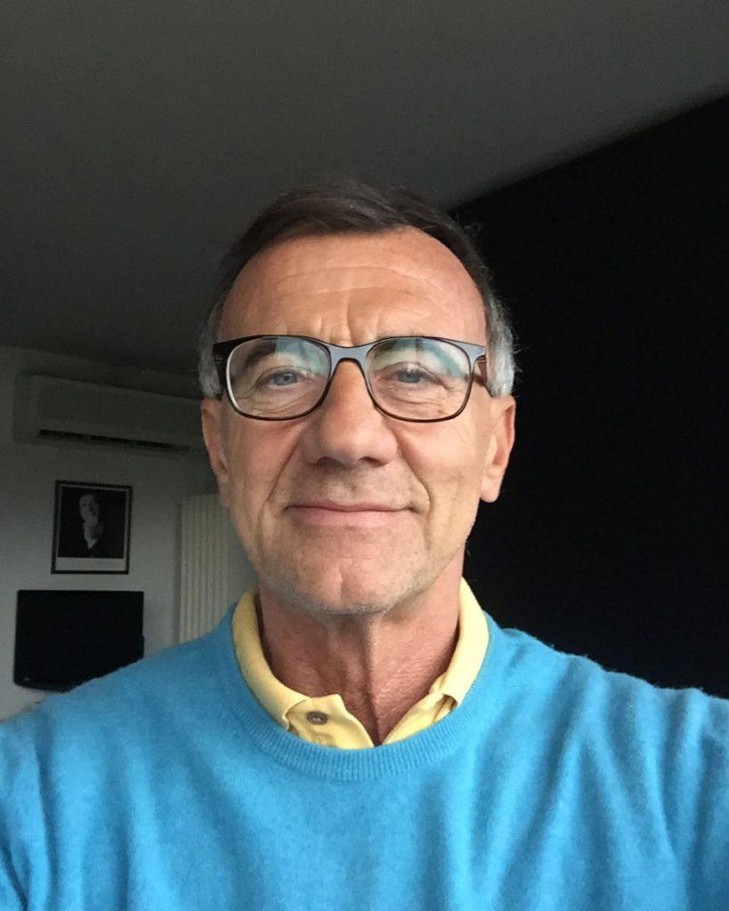 Michele Cucuzza, giornalista e conduttore televisivo e radiofonico di fama internazionale