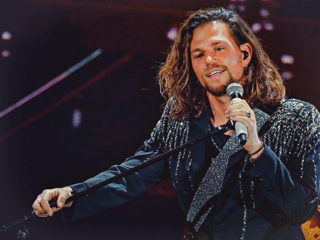 Enrico Nigiotti, partecipa a X Factor sotto la guida di Mara Maionchi