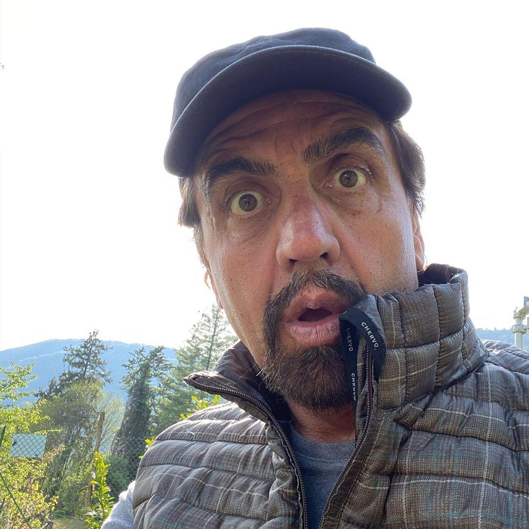 Valerio Staffelli, inizia la sua carriera in radio