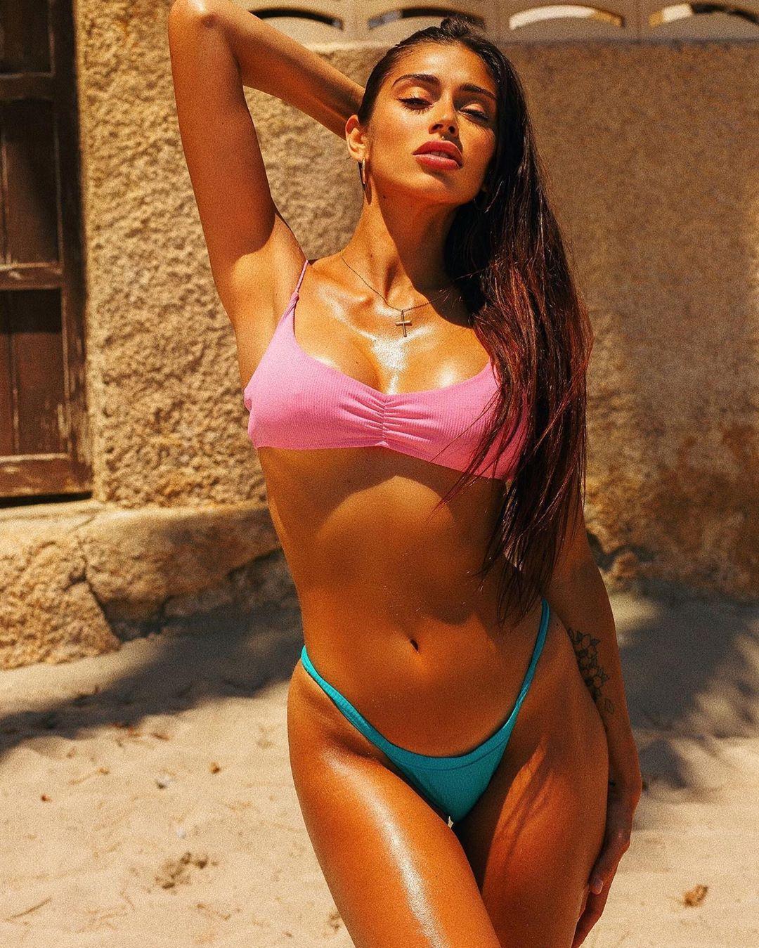 Angelina Lacour, bellissima modella argentina