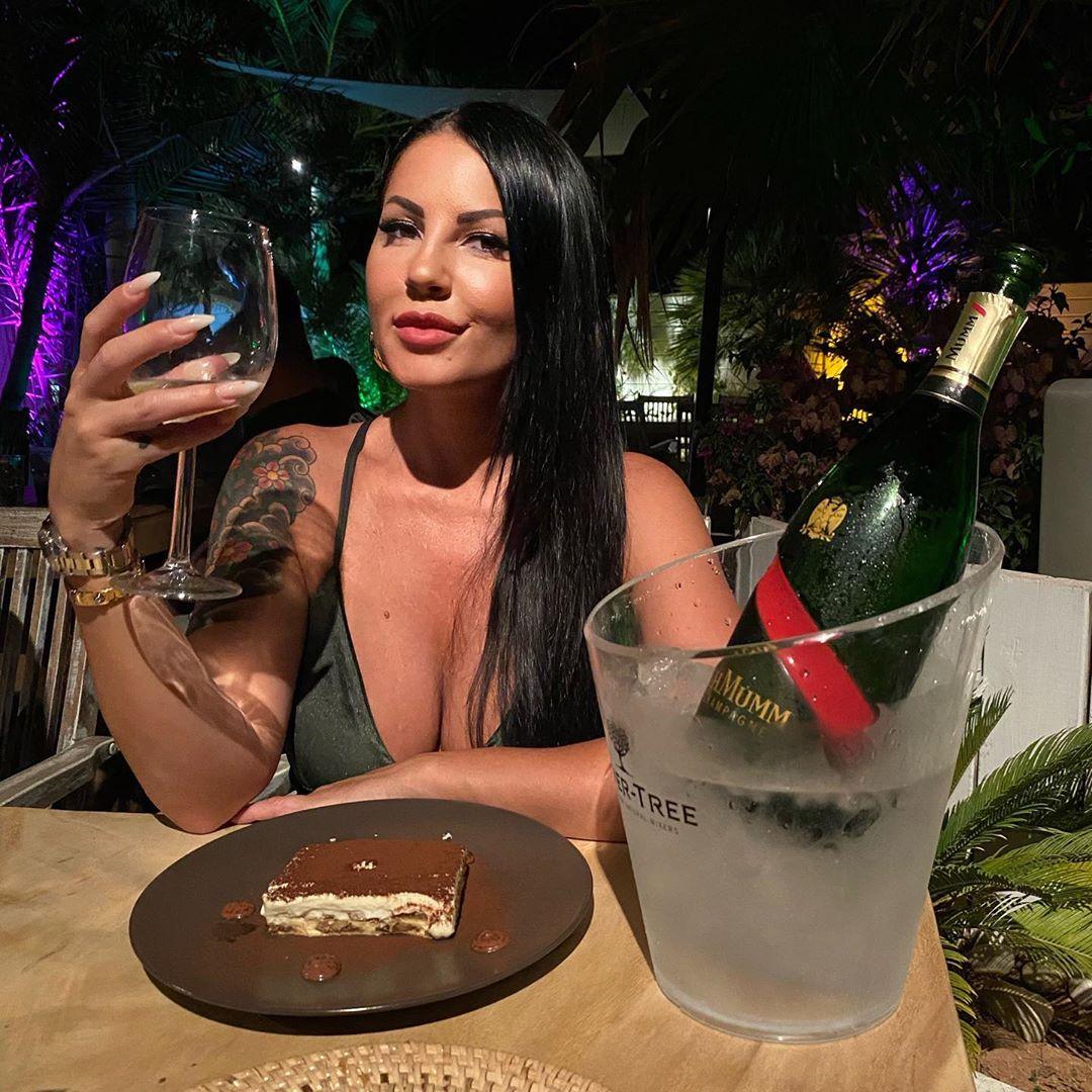 Eliana Michelazzo, da corteggiatrice a Uomini e Donne a manager di VIP di grande successo