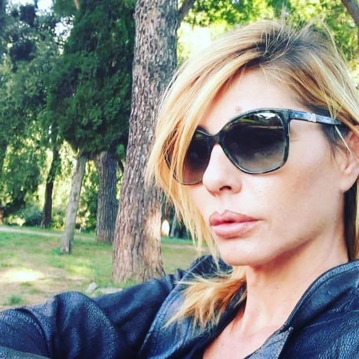 Ilaria Galassi, modella e showgirl diventata famosa con Non è la RAI, oggi fuori dallo show business