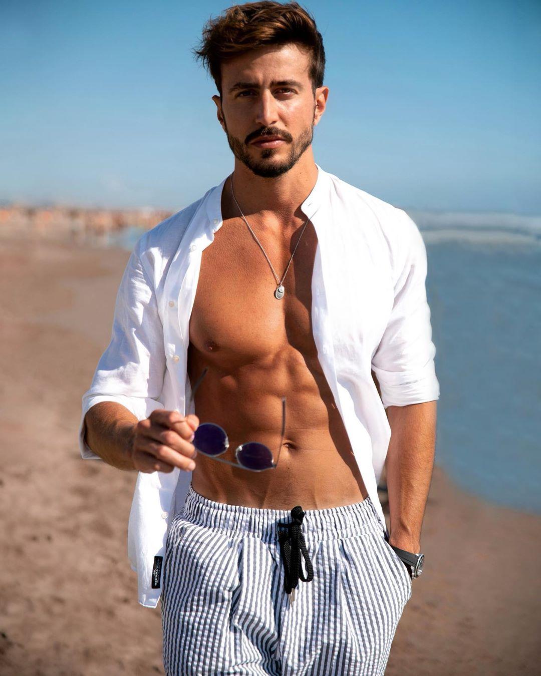 Marco Ferri, modello, influencer e conduttore TV