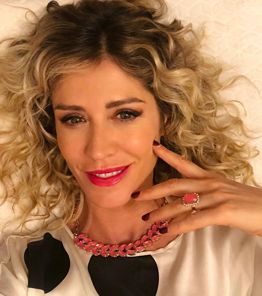 Marina Graziani, showgirl italiana diventata famosa grazie a Striscia la Notizia