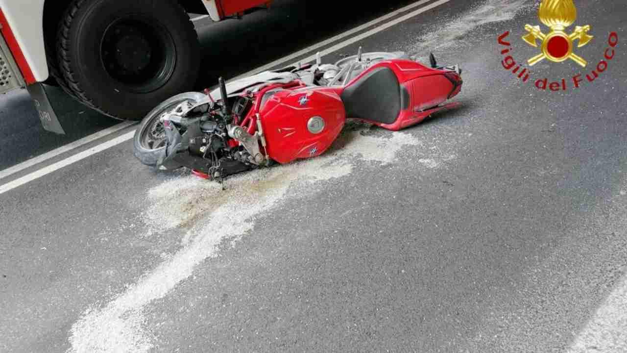 incidente stradale in moto