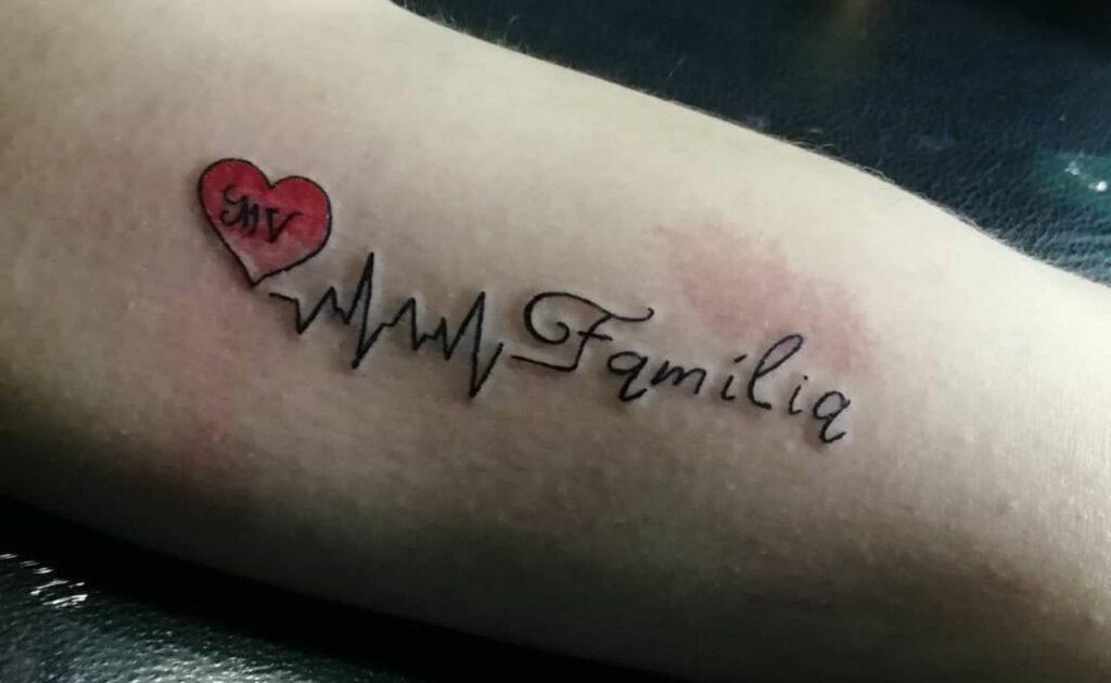 tatuaggio sulla famiglia