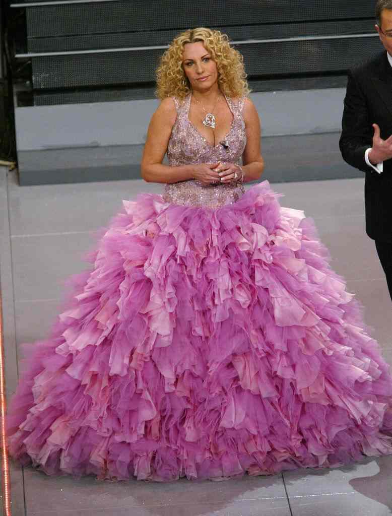 Antonella Clerici abito rosa ciaostyle.it