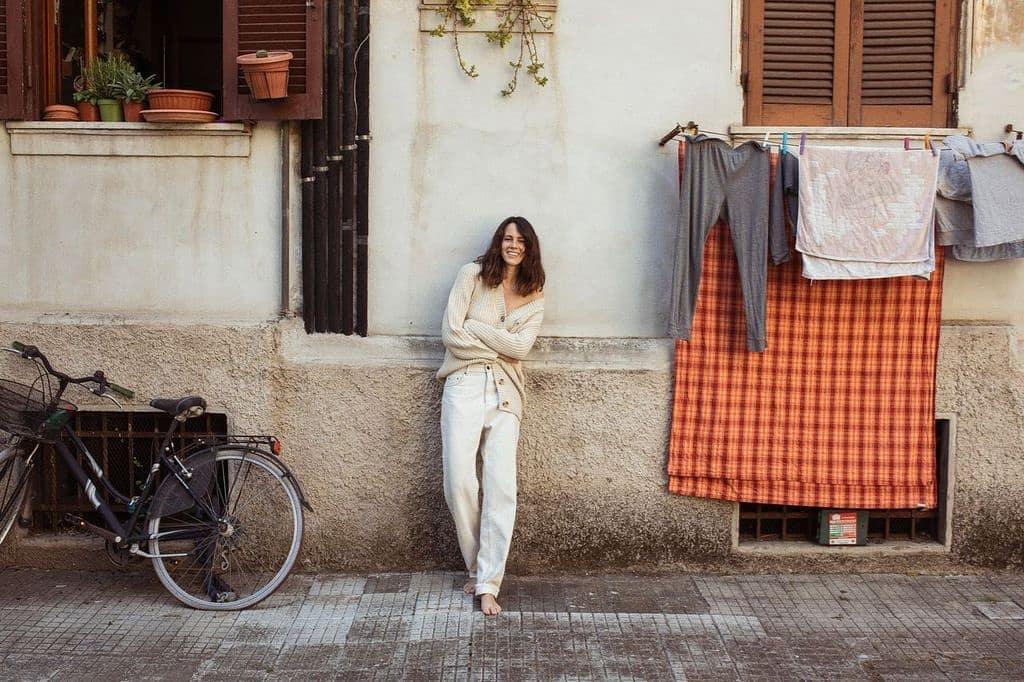 Chiara Martegiani look cardigan e jeansciaostyle.it