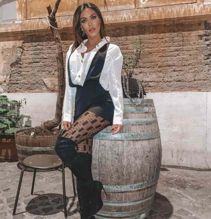 Guendalina Tavassi calze Fendi e tuta ciaostyle.it -