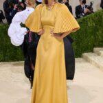 Maria Sharapova abito oro