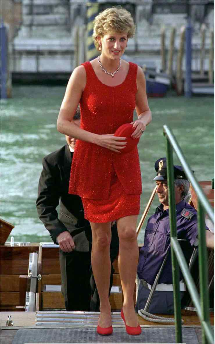 Lady Diana in rosso