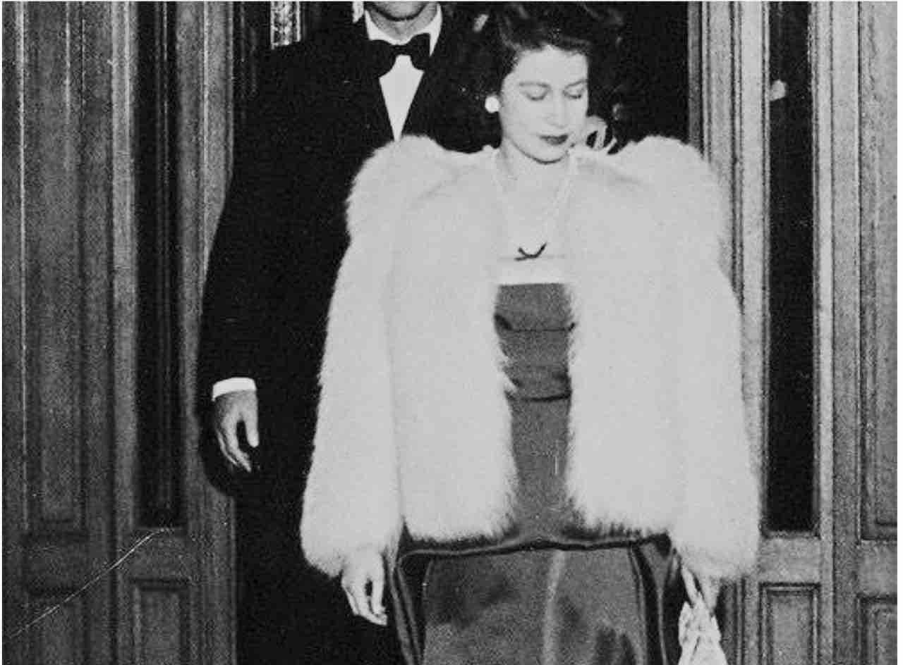 Regina Elisabetta pelliccia