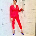 outfit rosso e blu Rossella Brescia