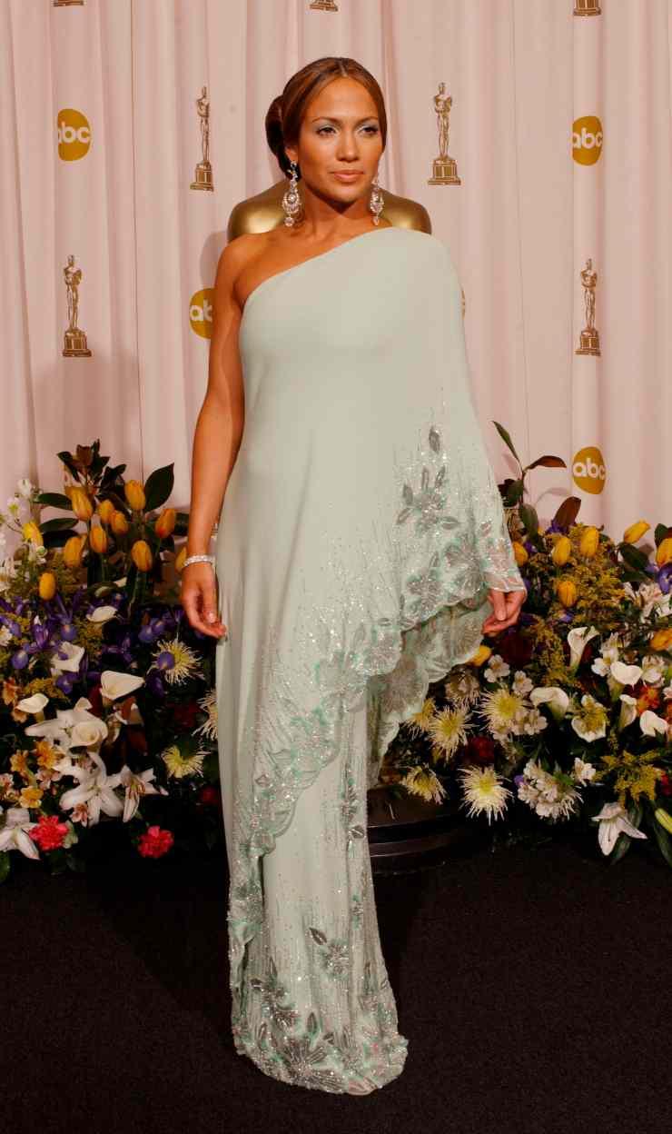 Oscar 2003 Jennifer lopez