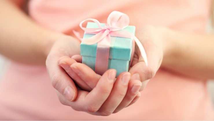 ricevere regalo