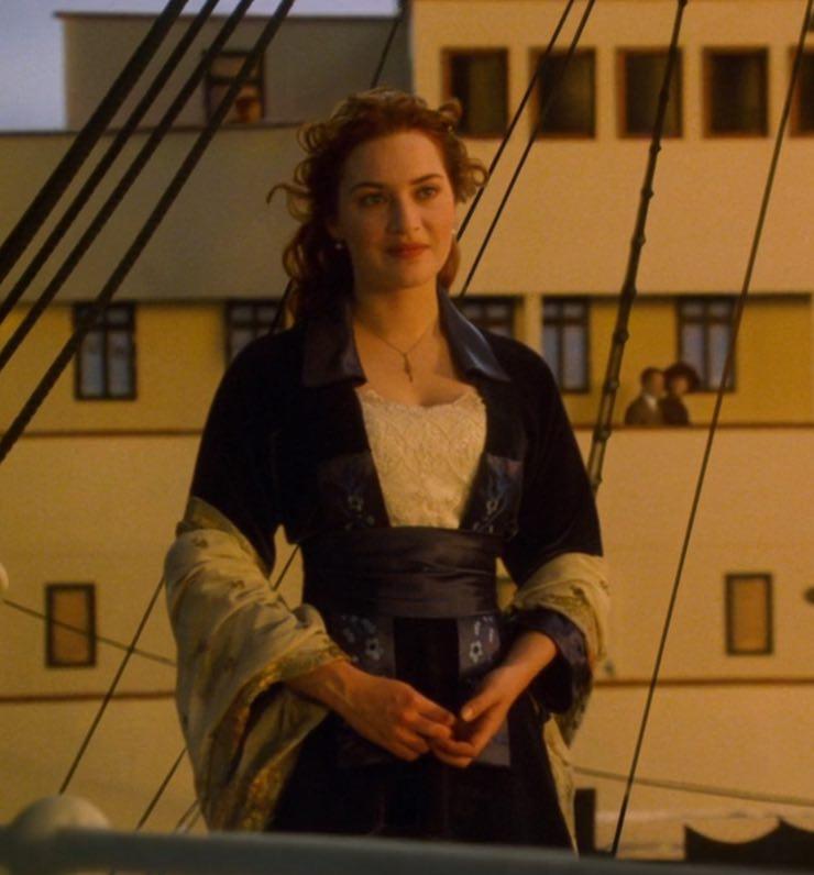 vestito blu titanic